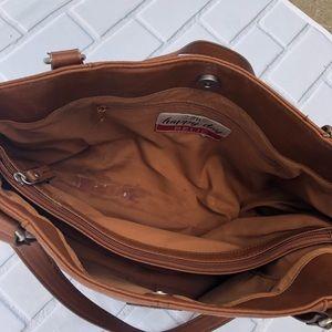 Relic Bags - Relic Tan Faux Leather Shoulder Bag Purse 👜